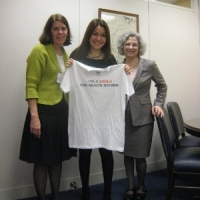 mayra-alvarez-receivng-doula-shirt-march-2010
